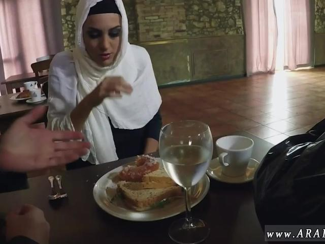 Arab Sexy Pics Hungry Woman Gets Food And Fuck