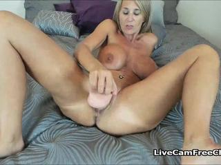Hot Cougar I'd Like to Fuck