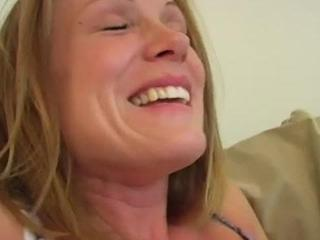 Blonde Anna Nicole services and pounds stiff rod
