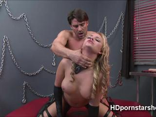 Babe Alexis Monroe is broke and gets paid for live sex cam
