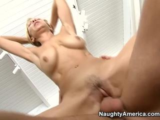 Meaty blonde cougar banged and facialized
